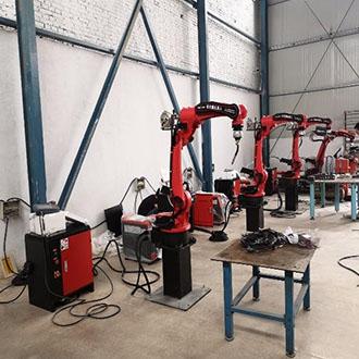 智能焊接机器人的机械手在焊接中的过程