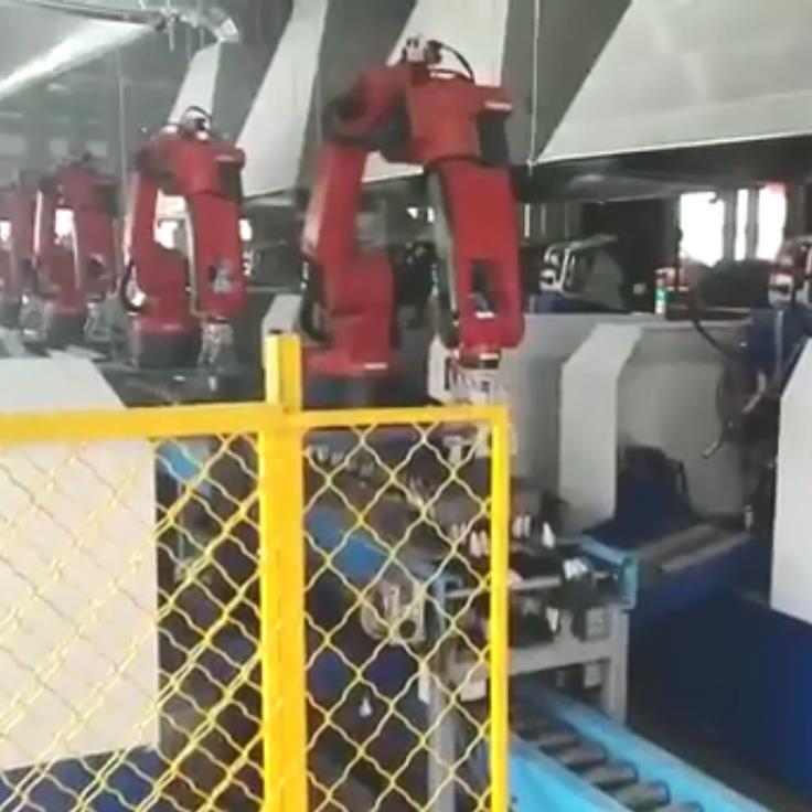 机器人焊接专机上料